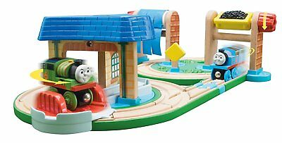 THOMAS the TRAIN & FRIENDS-EARLY ENGINEERS BUSY DAY ON SODOR SET **CLEARANCE**