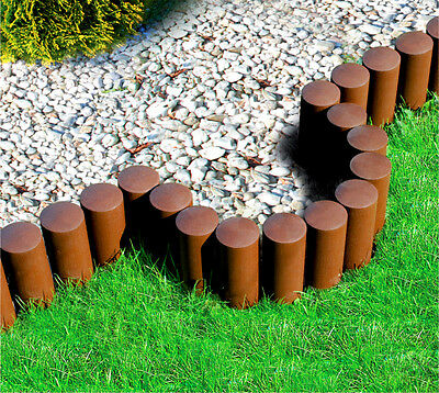 Garden lawn edging border palisade plastic with wood structure