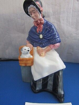 New Companions HN2770 Puppy in Basket & Lady Royal Doulton Excellent Condition