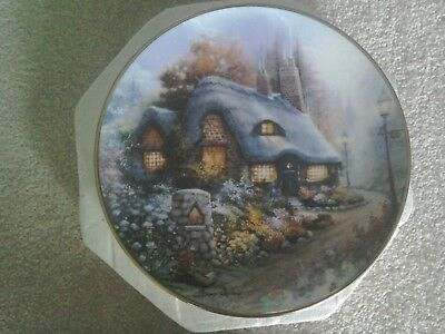 Royal Doulton The Cottage On Daisy Lane Plate mint in box