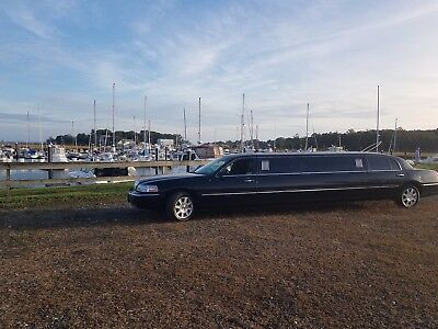 2011 Lincoln Town Car  2011 Lincoln town car L Stretch Limousine ,no mechanical problems.