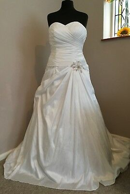 Ivory Taffeta Bridal Gown Size 18 with lace up back