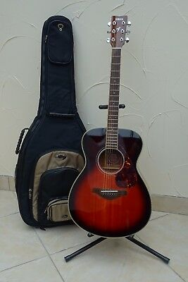 Yamaha FS720s Brown Sunburst Six String Guitar kit with Case and Stand