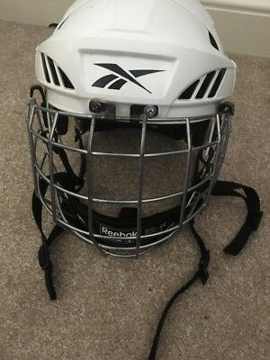 Reebok White 6K Ice Hockey Helmet Youths Size Small (51-56 cms) With Face Guard