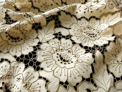 "Antique MADEIRA Hand Embroidery CUTWORK Linen Round 64"" Tablecloth 6 Napkins"
