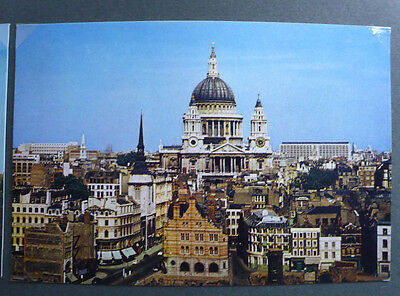 Vintage British Postcard - St Pauls Cathedral