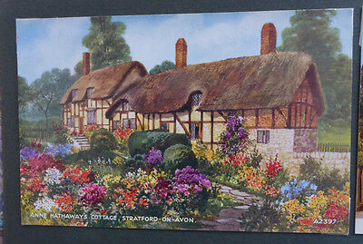 Vintage British Postcard - Anne Hathaways Cottage, Stratford