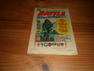 Vintage Battle Comic Magazine #2 15th March 1975 Free Gift Poster War Military