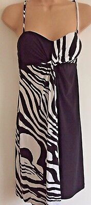 Joseph Ribkoff UK12 EU40 stunning dress for any occasion black and white