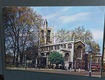 Vintage British Postcard - St Margarets Church