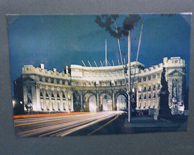 Vintage British Postcard - Admiralty Arch At Night