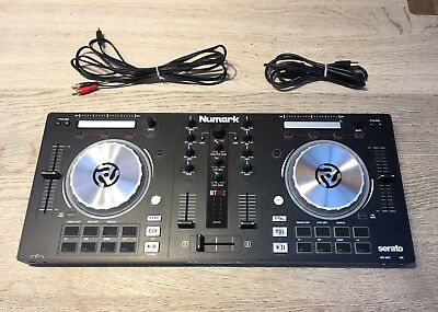 Numark Mixtrack Pro 3 - All-in-one Controller for Virtual DJ