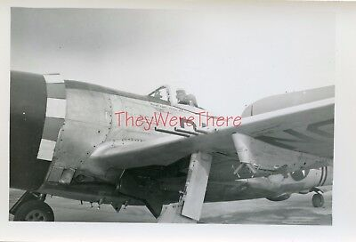 WWII photo- P-47 Thunderbolt Fighter plane & ID'D US PILOT inside COCKPIT