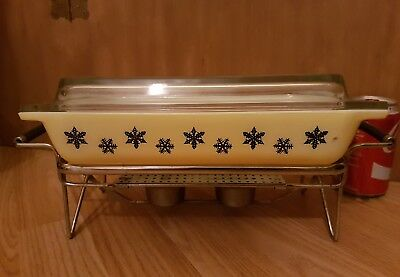 Vintage JAJ Pyrex Yellow Snowflake - Oblong Space Saver Dish and stand Gaiety