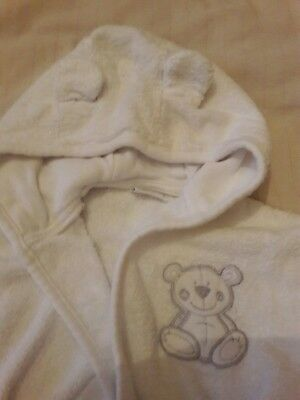 Baby white towel towelling dressing gown approx 0-6m swimming robe
