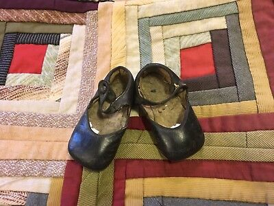 Moprimitivepast Antique Primitive Girls Mary Jane Shoes Big Doll  Pegrack aafa