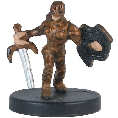 D&D Miniature Dragoneye 03 Gnome Fighter (MIB)
