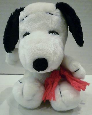 "6"" McDonalds Japan Peanuts Snoopy Plush Red and Green Scarf"