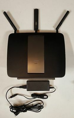 Linksys Tri-band Smart Wi-Fi Router model EA9200 Gigabit Router good cond