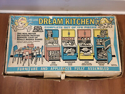 Vintage 1960s Deluxe Reading Dream Kitchen 152 pc Lot Original Box Instructions