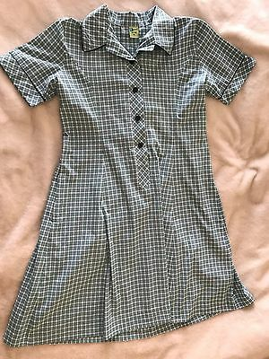 Green school dress large size 18 (Fits a size 20)