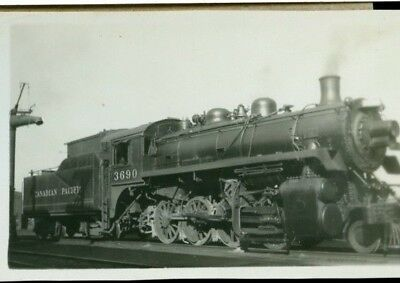 Railway Photo Canadian Pacific Rwys Steam # 3690  2-8-0
