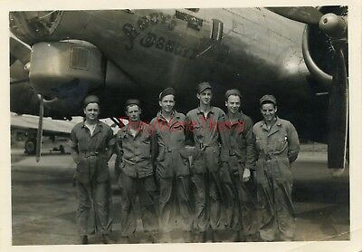 WWII photo- 100th BG-GI GROUP SHOT w/ B-17 Bomber plane Nose Art -ANDY'S DANDY'S