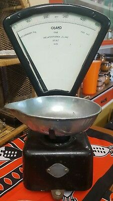 Vintage Cast Iron Shop Scales Olland Type 440