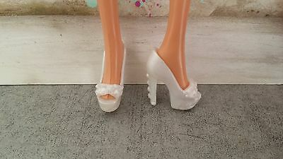 chaussures blanches pour barbie