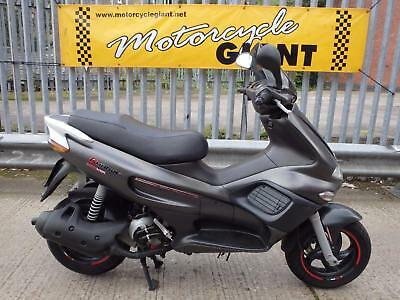 Gilera Runner VXR 200  2002 ONLY 1,600 miles, new mot + 3 months warranty