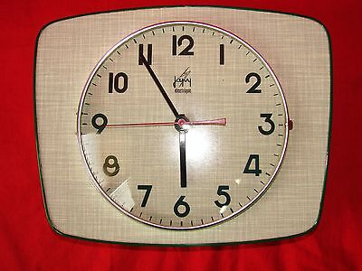 Antique Wall Clock Japy In Formica Green / Pendulum Vintage Years 60 / 70