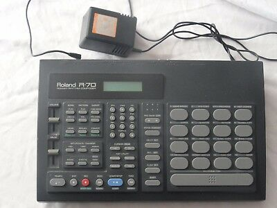 Roland R-70 Drum machine. Genuine Power Cord and New Battery