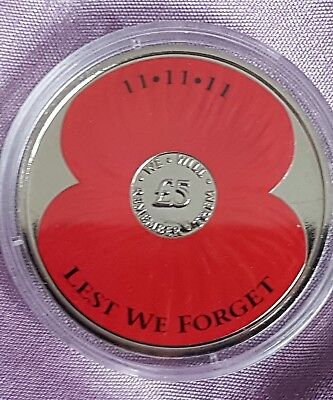 2013 £5 Five Pound Coin Commemorative 11.11.11  Poppy Lest We Forget