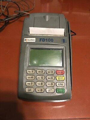 First Data Credit Card Terminal FD-100 FD100 FD 100 w/ Adapter