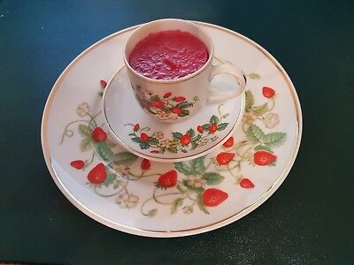 Avon 1978 Strawberries Cup, Saucer, and Plate ~ Uncommon 3 piece set