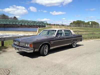 1984 Oldsmobile Ninety-Eight Deluxe Package 1984 oldsmobile
