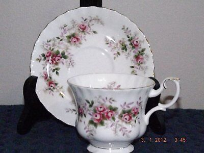 Royal Albert Lavender Rose Cup & Saucer in Wonderful Condition!