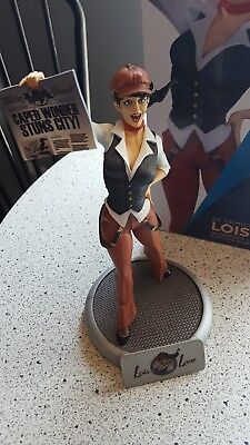 Lois Lane Bombshells Statue DC Collectibles Bombshell Statue First Edition.