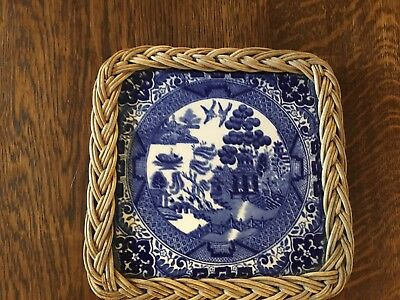 Willow Pattern China Tea Pot Stand with Wicker Frame VGC
