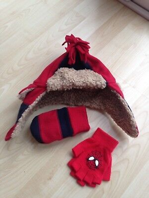 Boys hat & gloves set baby gap