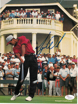 Tiger Woods autographed signed auto 1995 Stanford Golf SI action photo (JSA LOA)