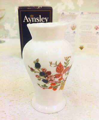 "Aynsley China Edwardian Mini Vase ""Somerset"""