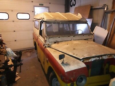land rover series 2a BUGEYE extremely rare barnfind.