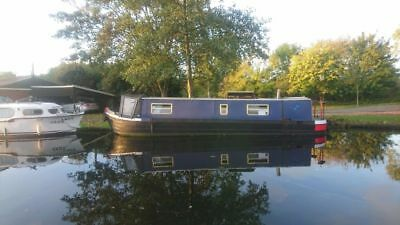 Live aboard cosy 36 foot narrowboat, perfect layout. Great first boat.