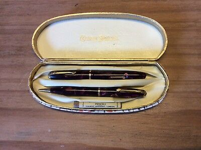 Conway Stewart Dinkie Fountain Pen And Pencil Set