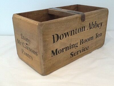 DOWNTON ABBEY Mrs Carsons Pantry  VINTAGE STYLE WOODEN STORAGE BOX - TEA CADDY.