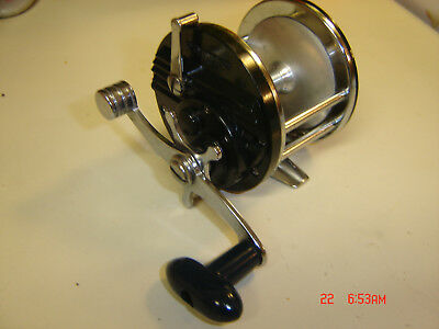 Very Nice Olympic Dolphin 606 Conventional Fishing Reel