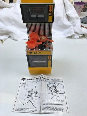 Sindy's Magic Cooker with instructions