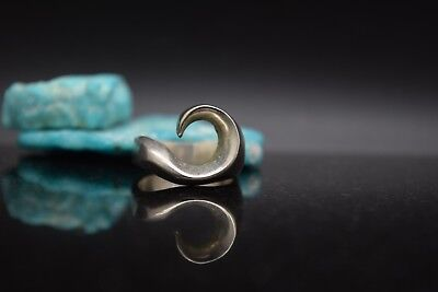 Sterling Silver Estate Size 8 Wave Ring