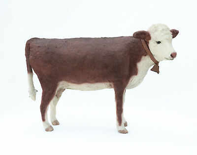 BROWN COW Figurine ~ CRAIG YENKE ~ Folk Art ~ Paper Mâché